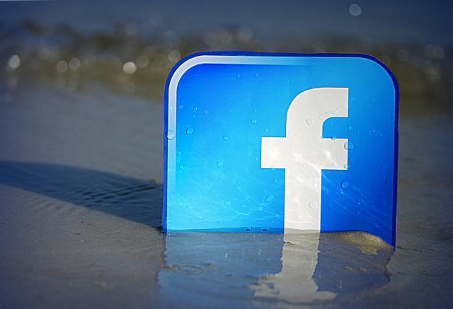 facebook_flickr