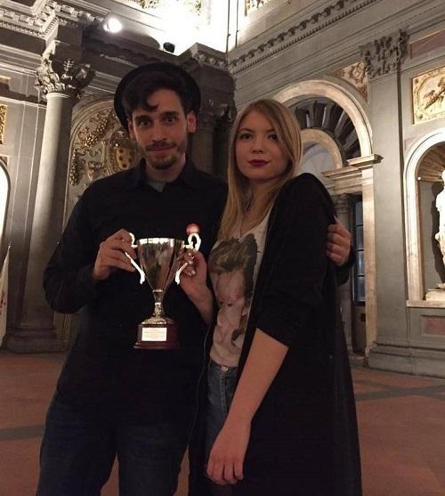 Sofija i Vukašin sa pobedničkim peharom u Firenci posle trijumfa u Radio Battle