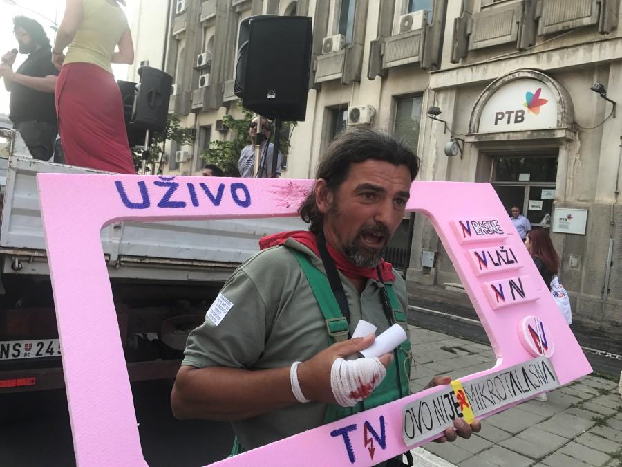 podrzi_rtv_protest_foto_cenzolovka_2