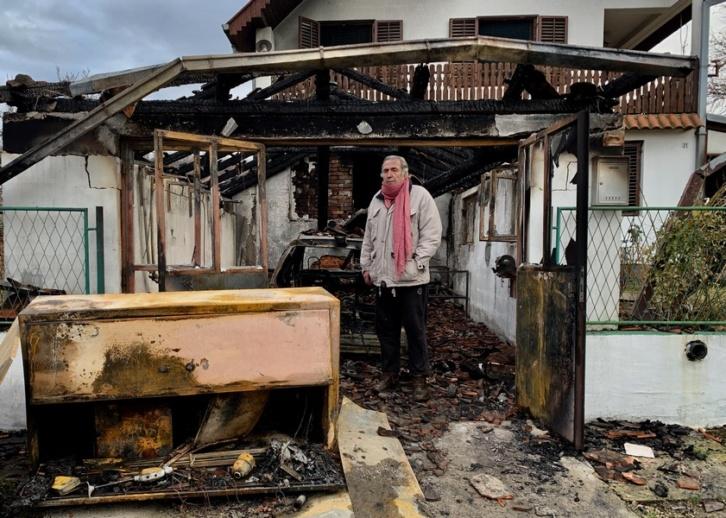 Novinar Jovanović se vraća u kuću čija obnova nije završena, nema više novca za iznajmljivanje stana