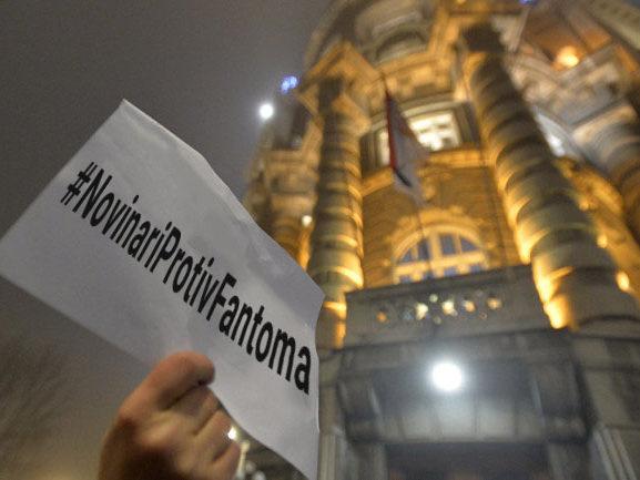 Novinari protiv fantoma: Poziv na protest ispred Vlade Srbije. Sreda, 18 sati